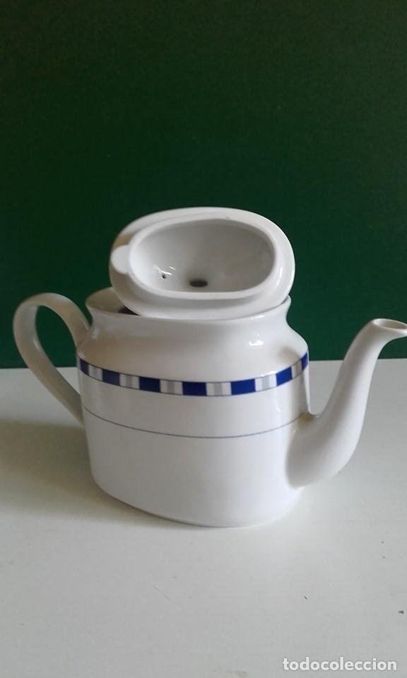 Antigüedades: JUEGO DE CAFÉ DE PORCELANA FINA / 8 TAZAS, 8 PLATOS, CAFETERA, LECHERA /NUEVO - Foto 4 - 182169411