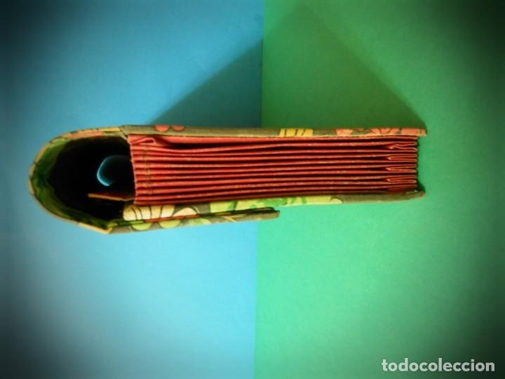 Antigüedades: BOLSO, CARTERA CLASIFICADORA ANTIGUO VINTAGE ESTAMPADO ORIGINAL AÑOS 70 FLOREADO - Foto 3 - 182200451