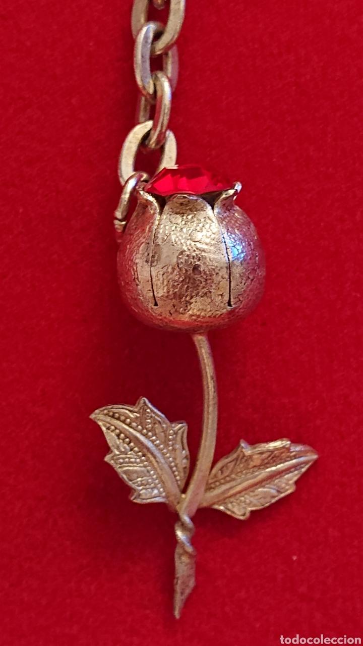 Antigüedades: Bonito llavero plata de ley con una rosa - Foto 2 - 182218793