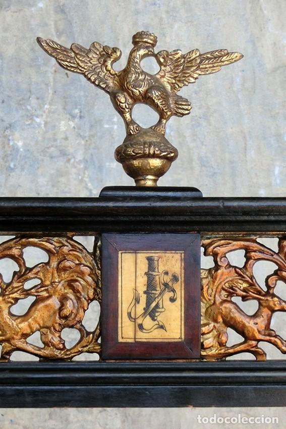 Antigüedades: PRECIOSA GALERÍA DE BARGUEÑO – MADERA – BRONCE – HUESO – FAUNOS – ROLEOS – ÁGUILAS - CORREDOR - Foto 9 - 182220936