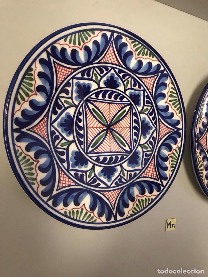 Antigüedades: Lote de platos de loza decoración Talavera - Foto 2 - 182225993