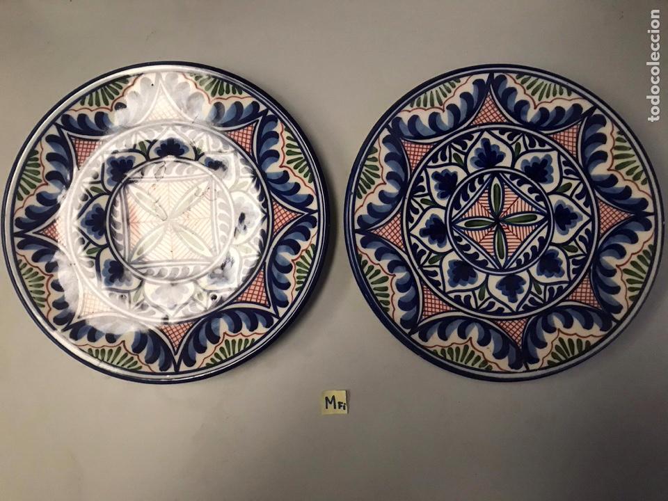 LOTE DE PLATOS DE LOZA DECORACIÓN TALAVERA (Antigüedades - Porcelanas y Cerámicas - Talavera)