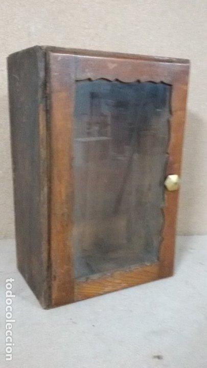 PEQUEÑA VITRINA (Antigüedades - Muebles Antiguos - Vitrinas Antiguos)