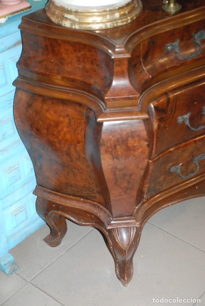 Antigüedades: MUY BONITA CÓMODA DE MADERA DE RAÍZ - Foto 13 - 151086798