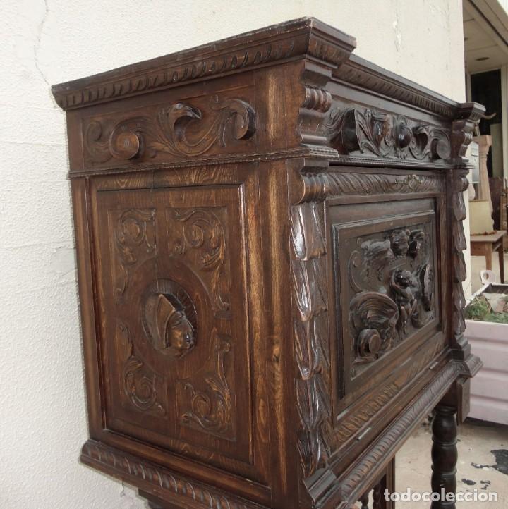 Antigüedades: Bargueño estilo renacimiento en madera tallada - Foto 5 - 182277471