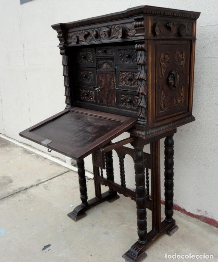 Antigüedades: Bargueño estilo renacimiento en madera tallada - Foto 10 - 182277471