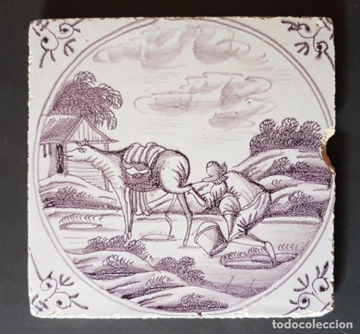 ANTIGUO AZULEJO DELFT LILA SIGLO XVIII (Antigüedades - Porcelana y Cerámica - Holandesa - Delft)