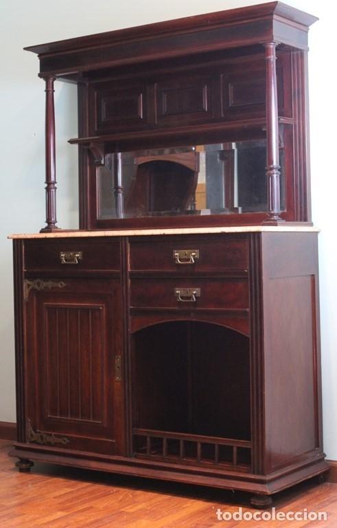 Antigüedades: Comedor inglés, años 20, caoba,dos aparadores, mesa y ocho sillas. - Foto 4 - 182293800