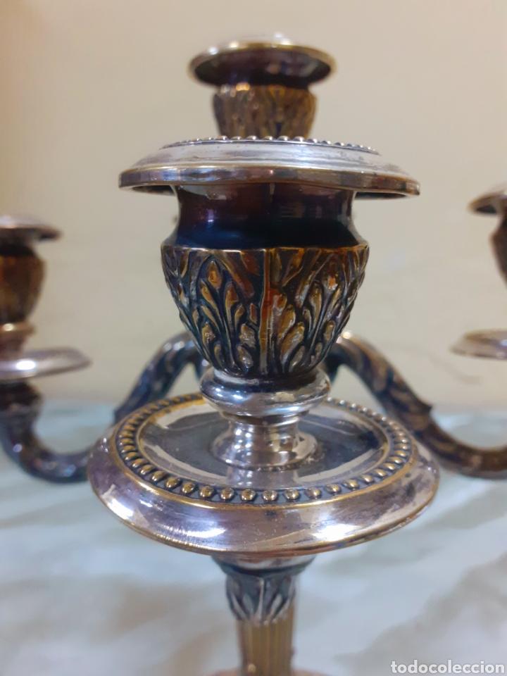Antigüedades: CANDELABROS METAL PLATEADO - Foto 3 - 182302466