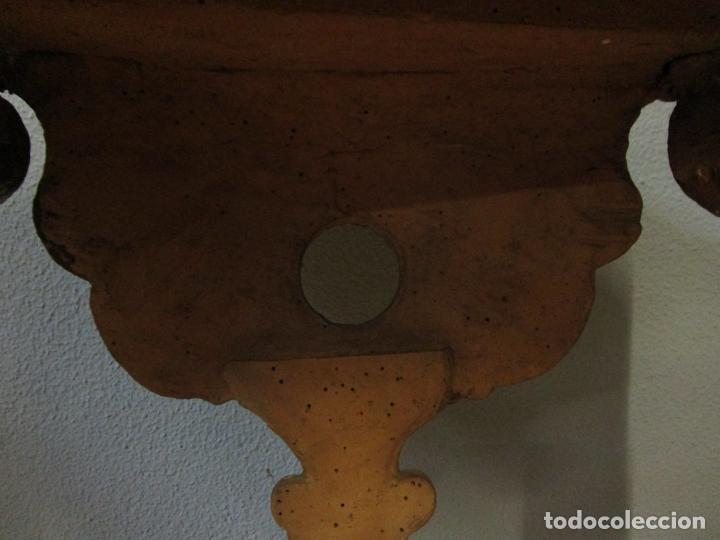 Antigüedades: Preciosa Consola Barroca - Carlos III - Madera Tallada y Dorada - S. XVIII - Foto 27 - 182308367