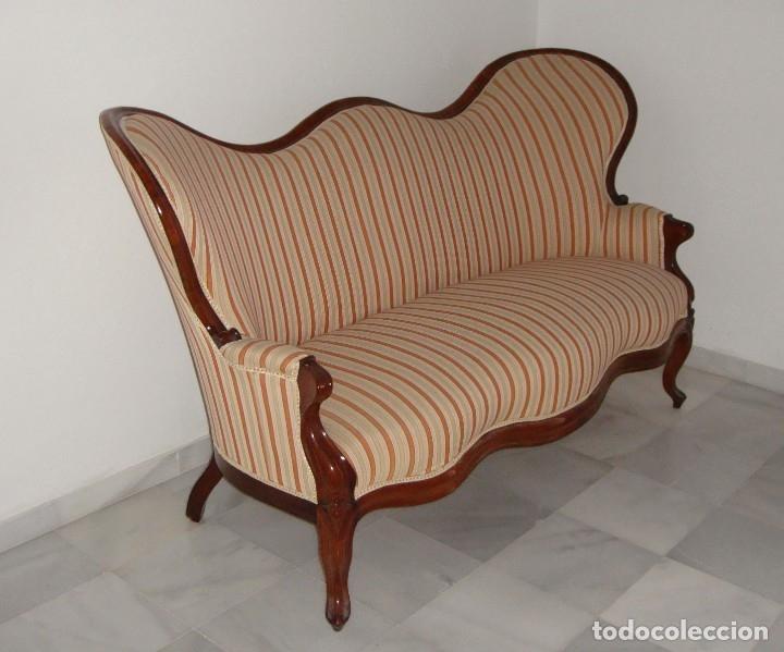 Antigüedades: Antiguo Sofá o Tresillo Isabelino de Caoba. S.XIX. Caoba maciza. Restaurado y tapizado. Impecable. - Foto 3 - 182310720