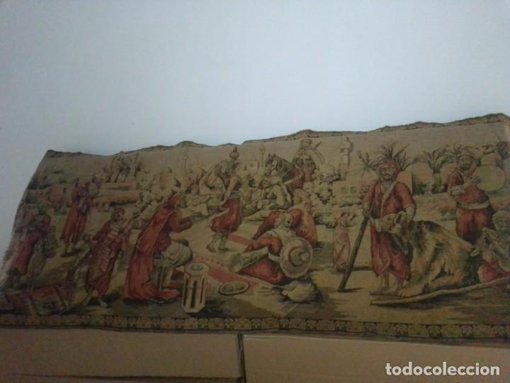 ANTIGUO Y GRANDE TAPIZ ÁRABE (Antigüedades - Hogar y Decoración - Tapices Antiguos)