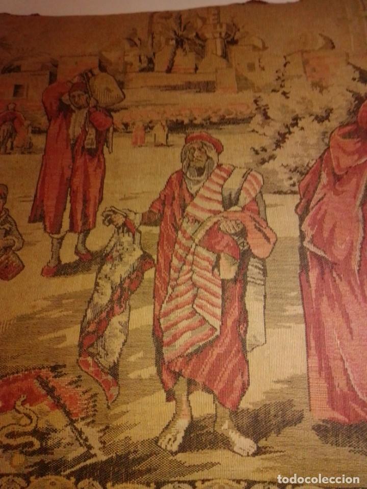 Antigüedades: Antiguo y grande tapiz árabe - Foto 3 - 182351948