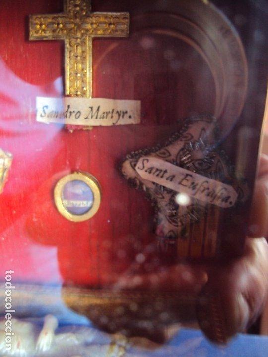 Antigüedades: (ANT-191108)ANTIGUA CAPILLA RELICARIO - CRISTO DE CERA Y RELIQUIAS - Foto 15 - 182371408