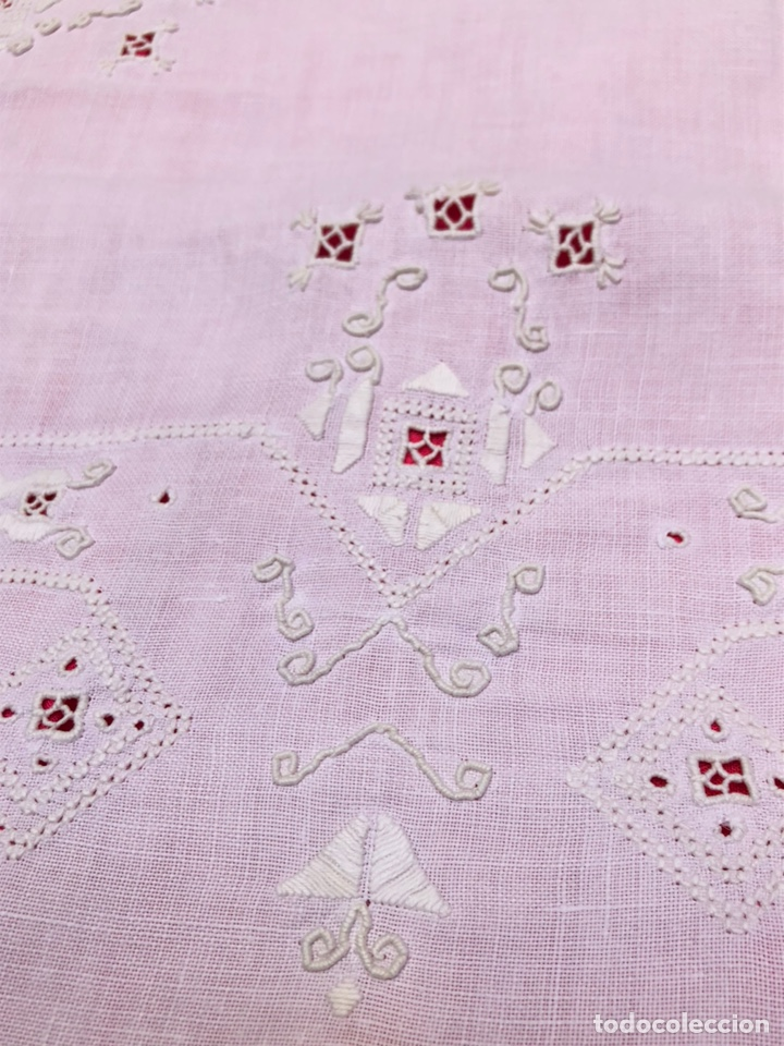 Antigüedades: Mantel manteleria hilo 180 x 240 cm bordado a mano - Foto 6 - 182375732