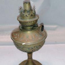 Antigüedades: QUINQUE DE LATÓN. Lote 182418570