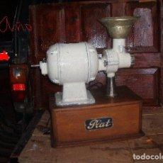 Antigüedades: ANTIGUO MOLINO DE CAFE. Lote 182423855