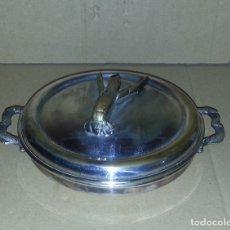 Antigüedades: SALSERA METALICA CON TAPA .....16 CM DE DIAMETRO.. . Lote 182432622