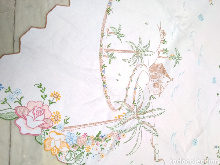 Antigüedades: Mantelería de hilo bordada a mano 250 x 170 cm con 12 servilletas motivo exótico - Foto 8 - 182482017
