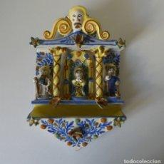 Antigüedades: ANTIGUA CAPILLA BENDITERA RETABLO EN CERAMICA. Lote 182506861