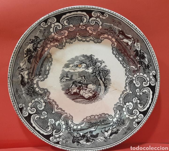 GRAN FUENTE LLANA DE CARTAGENA. SIGLO XIX. (Antigüedades - Porcelanas y Cerámicas - Cartagena)