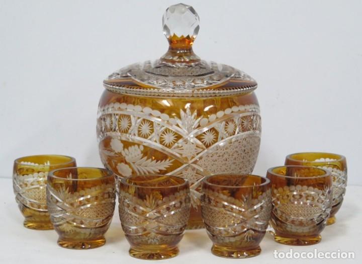 PRECIOSA PONCHER CON JUEGO DE 6 COPAS. CRISTAL TALLADO. BOHEMIA (Antigüedades - Cristal y Vidrio - Bohemia)