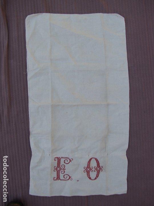 Antigüedades: Funda almohada hilo. Iniciales bordadas. S XIX - Foto 2 - 182542721