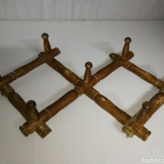 Antigüedades: ANTIGUO PERCHERO MADERA PLEGABLE.. Lote 182551251