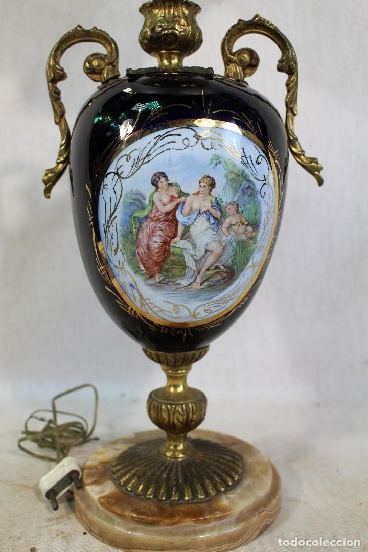 Antigüedades: lampara de sobremesa en bronce porcelana marmol y cristal - Foto 3 - 182558873