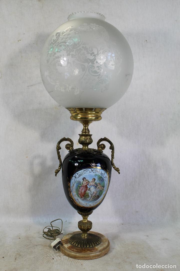 LAMPARA DE SOBREMESA EN BRONCE PORCELANA MARMOL Y CRISTAL (Antigüedades - Iluminación - Lámparas Antiguas)