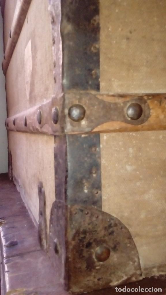 Antigüedades: Baúl de viaje de 1.896. Gran capacidad. - Foto 6 - 182575833