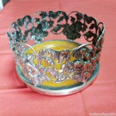 Antiquités: POSA BOTELLAS DE PLATA LABRADA. Lote 182583683