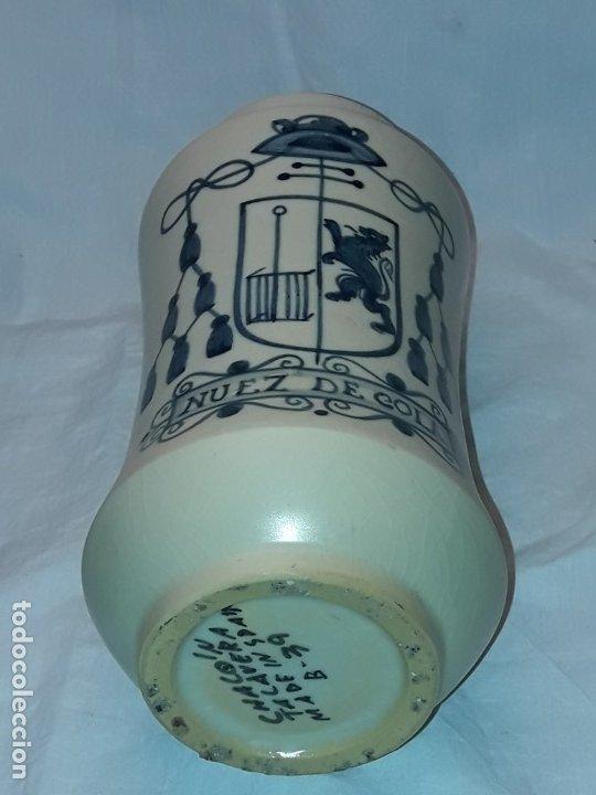 Antigüedades: Bello antiguo tarro albarelo cerámica Chacon Talavera Nuez de Cola - Foto 5 - 182607328