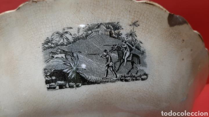 Antigüedades: ENSALADERA GALLONADA, CAPTURA DE POTROS SALVAJES, FABRICA LA AMISTAD DE CARTAGENA. - Foto 6 - 182629836