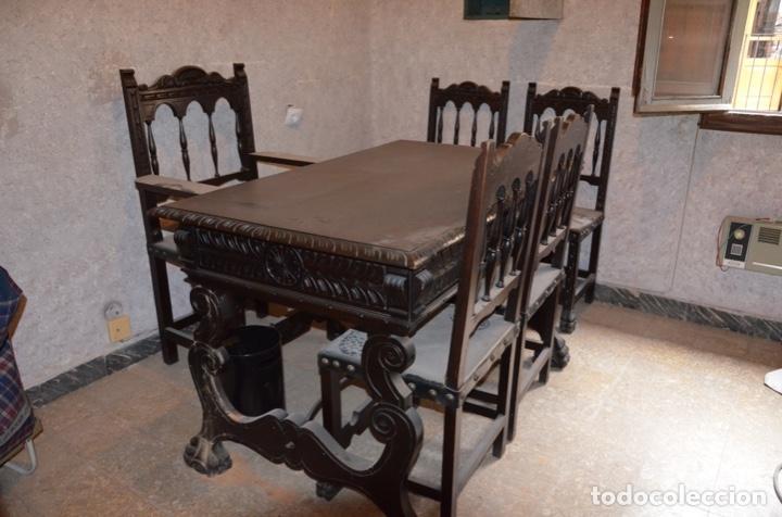 Antigüedades: Despacho médico estilo Renacentista compuesto de mesa, sillón, sillas y vitrina - Foto 2 - 182638248