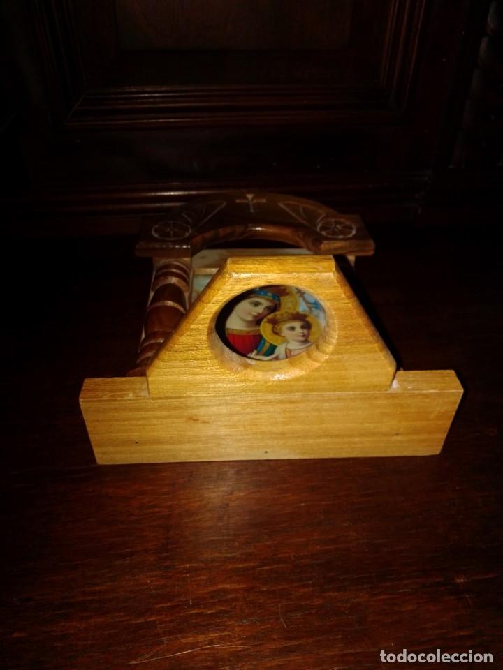 Antigüedades: Preciosa capilla de madera con icono - Foto 5 - 182673095