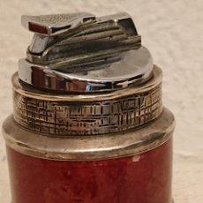 Antigüedades: ESPECTACULAR E ANTIGUO MECHERO DE MESA PLATA DE LEY. Lote 182679705