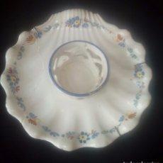 Antigüedades: MANCERINA DE CERAMICA DE ALCORA S.XVIII-XIX SERIE DEL RAMITO. Lote 182681572