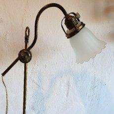 Antigüedades: ANTIGUA LAMPARA DE ESCRITORIO REGULABLE. Lote 182707547