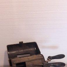 Antigüedades: TOSTADORA DE FRUTOS SECOS COMPLETA. Lote 182741157