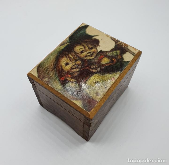 CAJA JOYERO MUSCIAL VINTAGE EN MADERA CON MOTIVO VINTAGE . (Antigüedades - Hogar y Decoración - Cajas Antiguas)