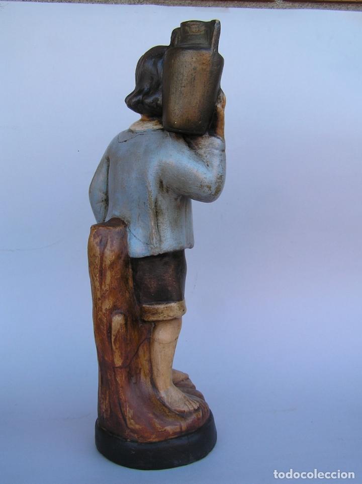 Antigüedades: Figura cuento La Lechera. Estuco policromado.Siglo XIX. ·34 cm. - Foto 9 - 182767270