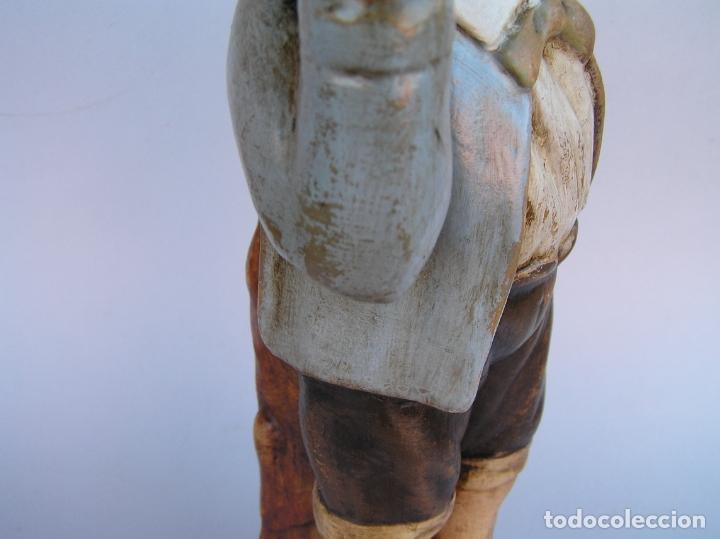 Antigüedades: Figura cuento La Lechera. Estuco policromado.Siglo XIX. ·34 cm. - Foto 24 - 182767270
