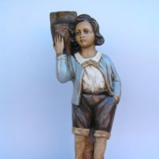 Antigüedades: FIGURA CUENTO LA LECHERA. ESTUCO POLICROMADO.SIGLO XIX. ·34 CM.. Lote 182767270