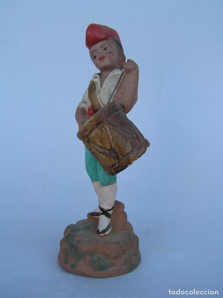 Antigüedades: El tamboriler del Bruc.Figura de estuco policromado. - Foto 4 - 182768080