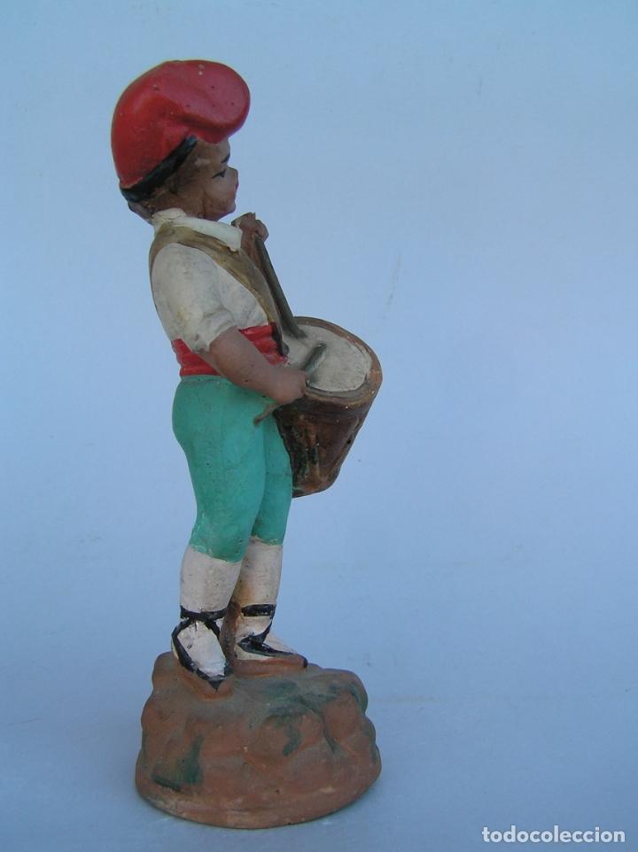 Antigüedades: El tamboriler del Bruc.Figura de estuco policromado. - Foto 7 - 182768080