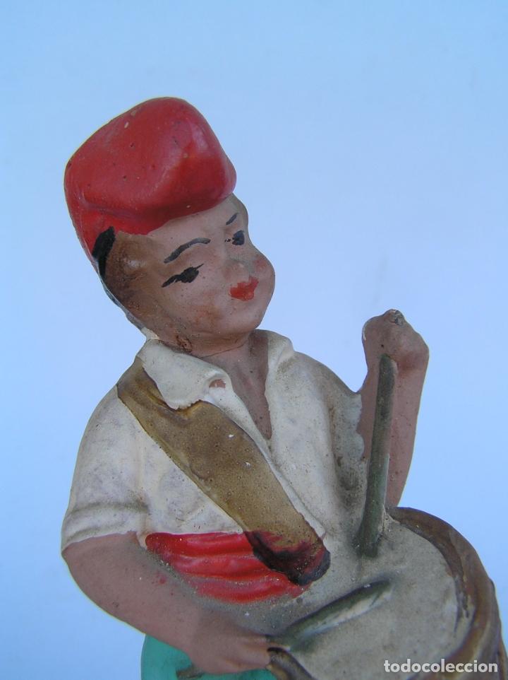 Antigüedades: El tamboriler del Bruc.Figura de estuco policromado. - Foto 9 - 182768080