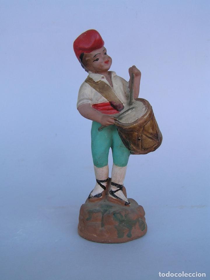 Antigüedades: El tamboriler del Bruc.Figura de estuco policromado. - Foto 13 - 182768080
