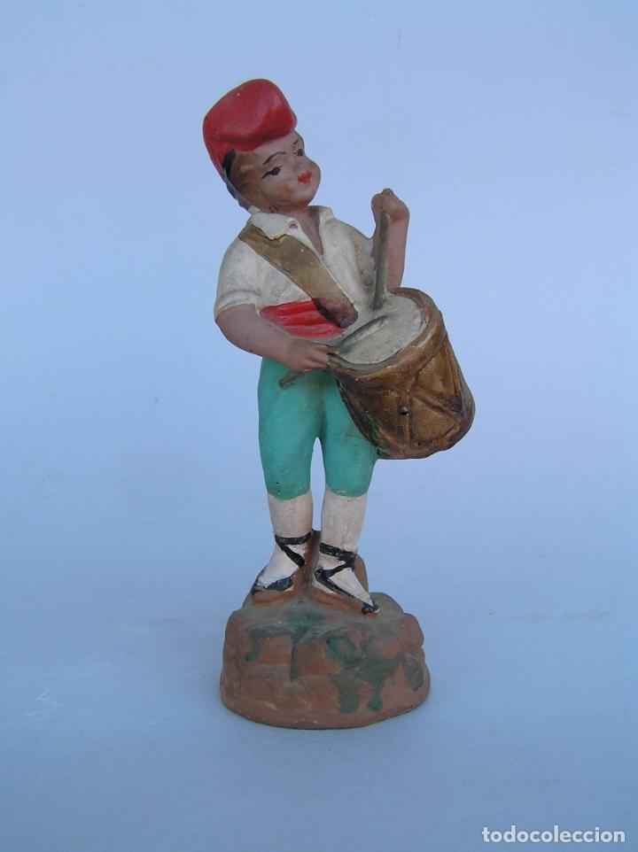 Antigüedades: El tamboriler del Bruc.Figura de estuco policromado. - Foto 14 - 182768080