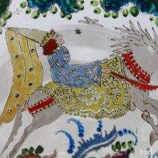 Antigüedades: JARRÓN FLORERO EN CRISTAL PINTADO Y ESMALTADO AL FUEGO POR CIRERA EN LOS AÑOS 40. Lote 182779670